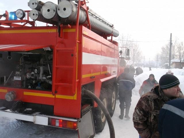 Семнадцатилетний ученик спас изпожара 2-х детей вКостромской области