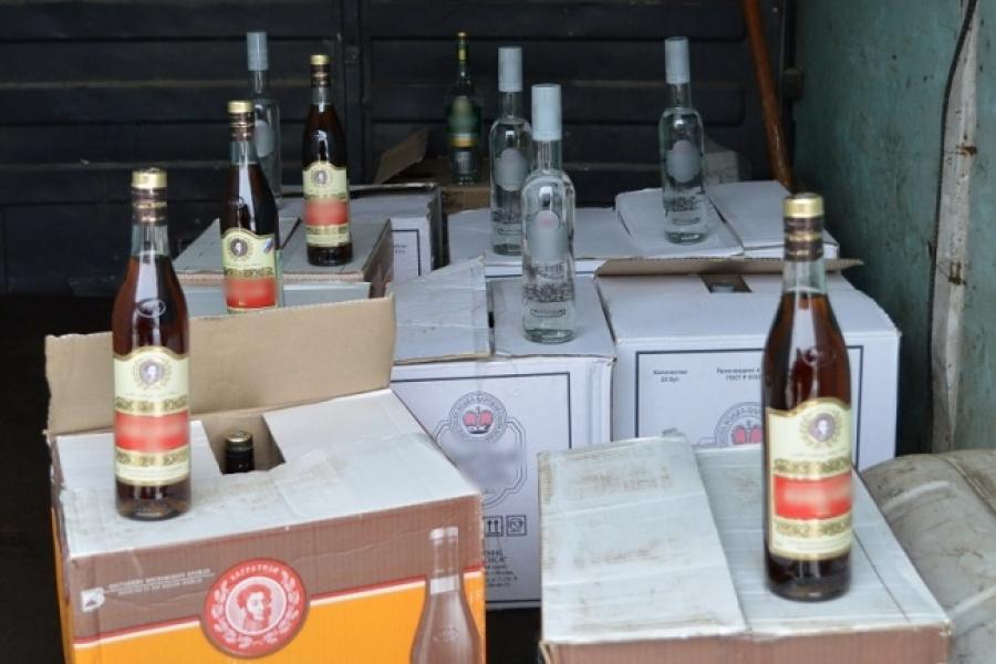32-летний Нерехтчанин организовал бизнес по продаже контрафактного спиртного