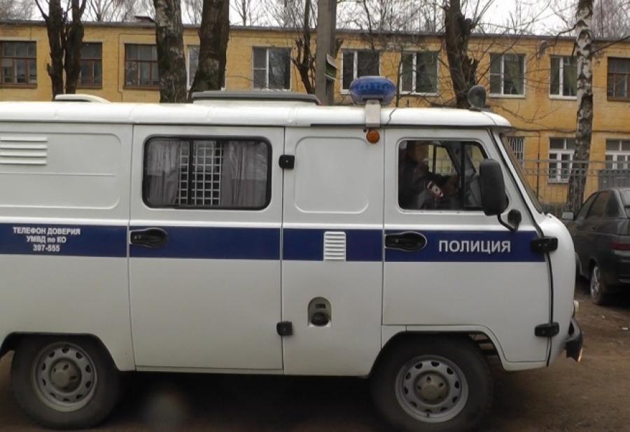 Полицейские Рубцовска задержали подозреваемых в краже