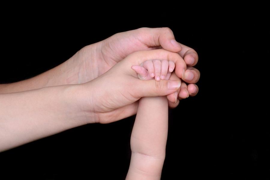 Срок выплат при усыновлении детей продлен вНижегородской области