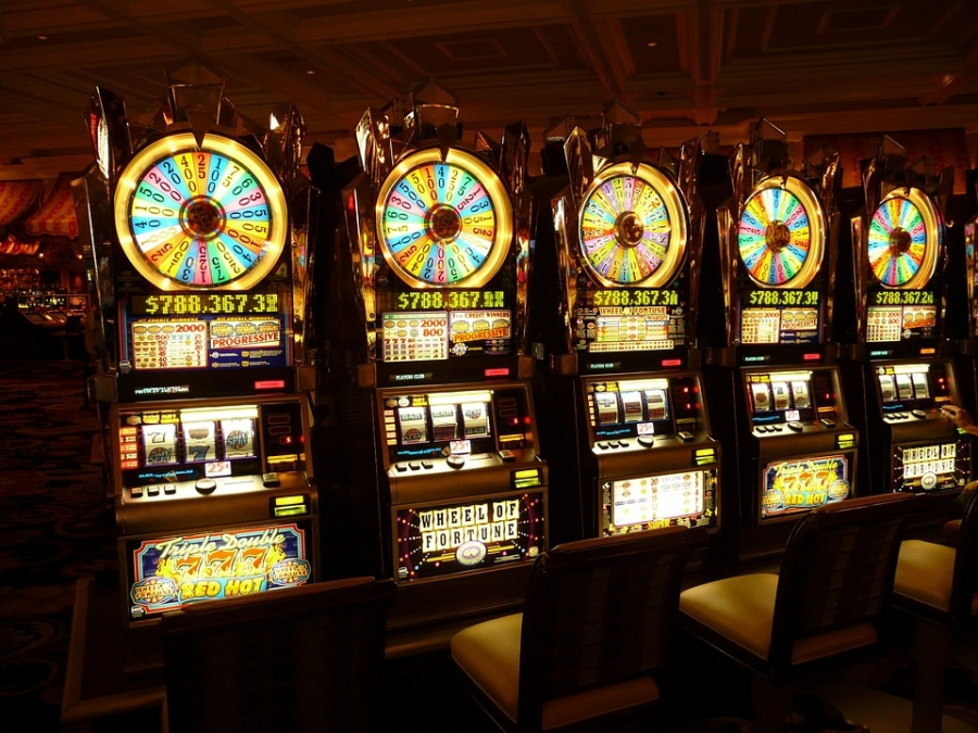 Где казино в костроме играть верёвки игровые автоматы