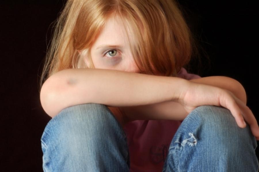 Трое подростков, 12-, 13- и 16-ти лет, изнасиловали 14-летнюю девочку, жите