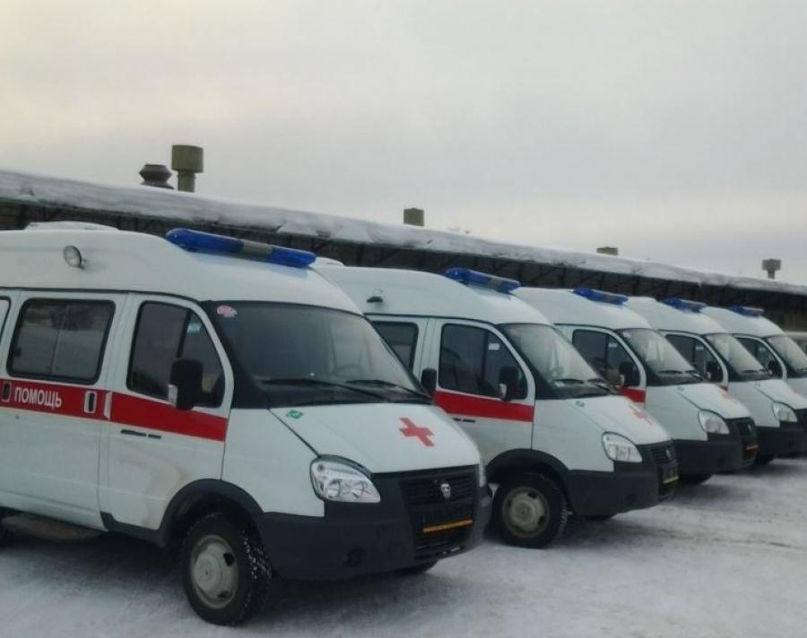 ВКрасносельскую районную клинику поступила новая версия автомобиля скорой помощи